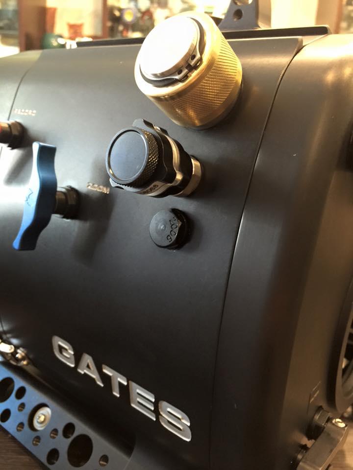 安裝在 Gates Z100 防水殼